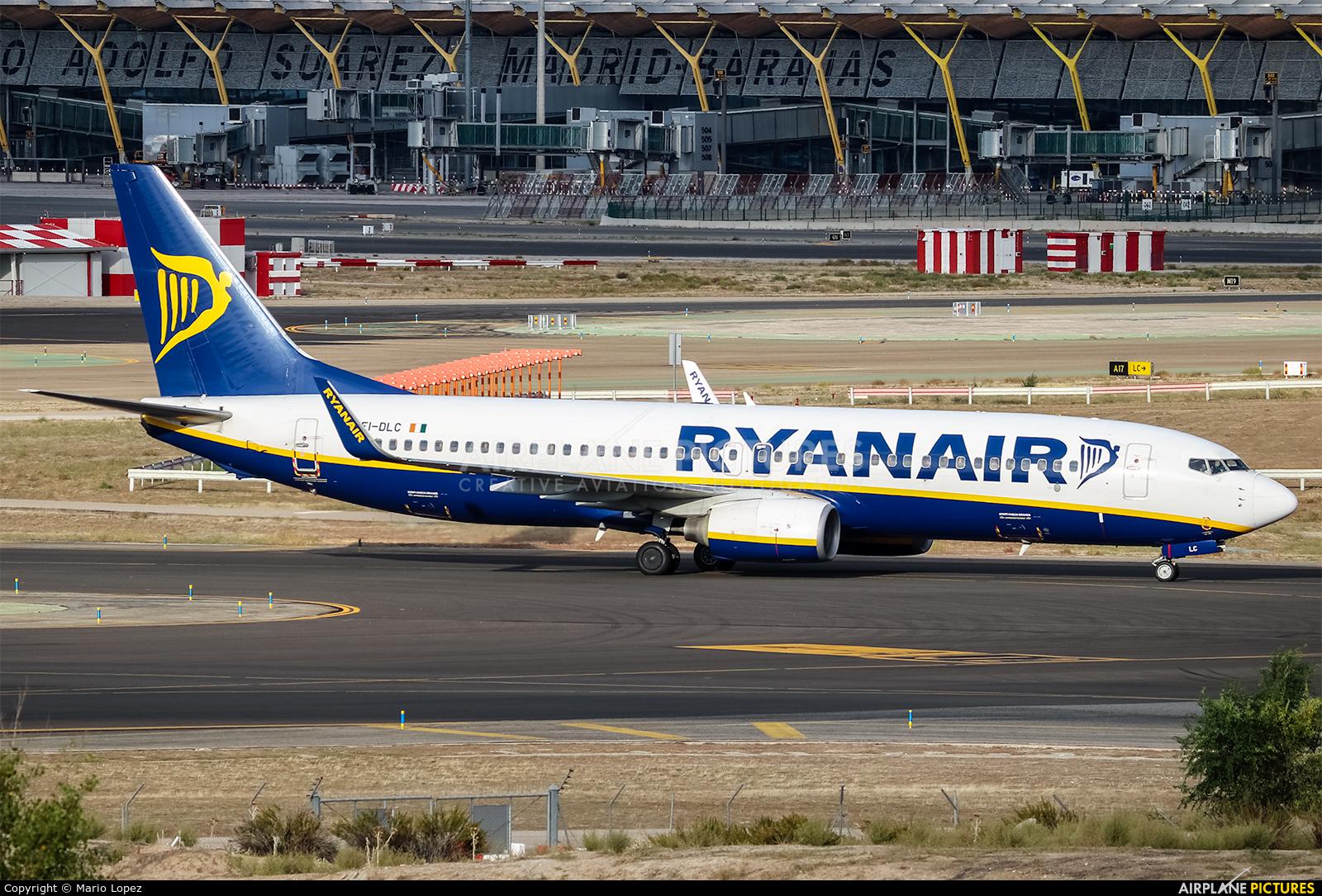 Ei dlc ryanair boeing 737 8as at madrid barajas for Oficina ryanair madrid