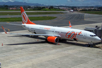 PR-GUY - GOL Transportes Aéreos  Boeing 737-800