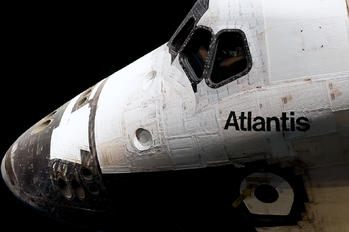 - - NASA Rockwell Space Shuttle
