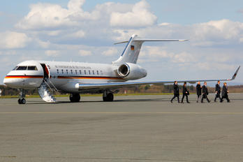 14+02 - Germany - Air Force Bombardier BD-700 Global 5000