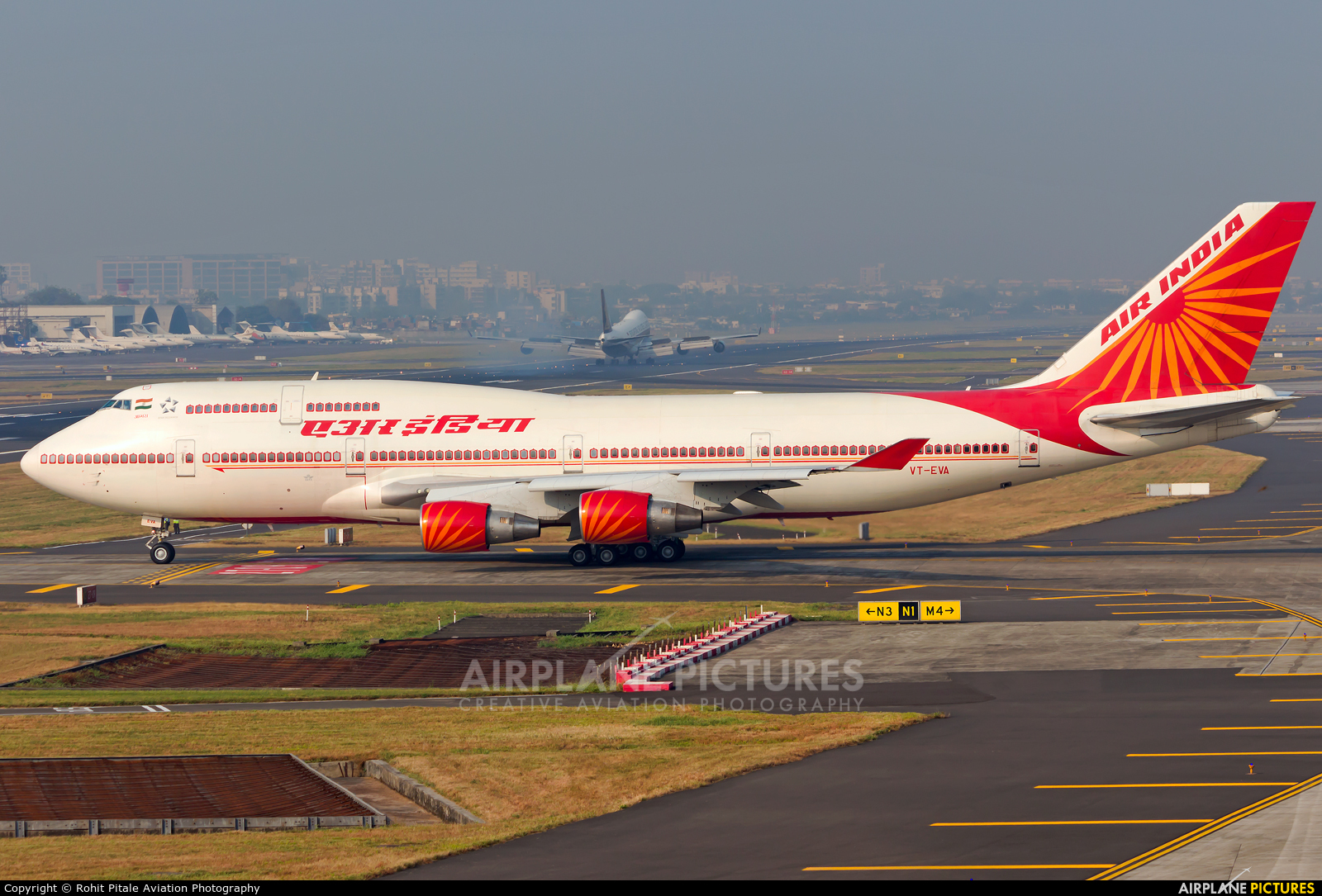 Air India VT-EVA aircraft at Mumbai - Chhatrapati Shivaji Intl