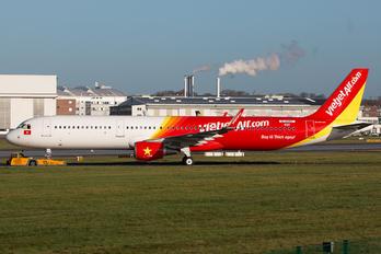D-AYAT - VietJet Air Airbus A321