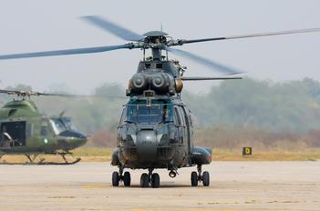 2439 - Pakistan - Air Force IAR Industria Aeronautică Română IAR 330 Puma