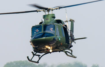 786-222 - Pakistan - Army Bell 412