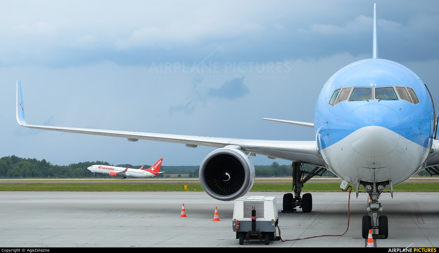 TUI Airlines Netherlands PH-OYI aircraft at Katowice - Pyrzowice
