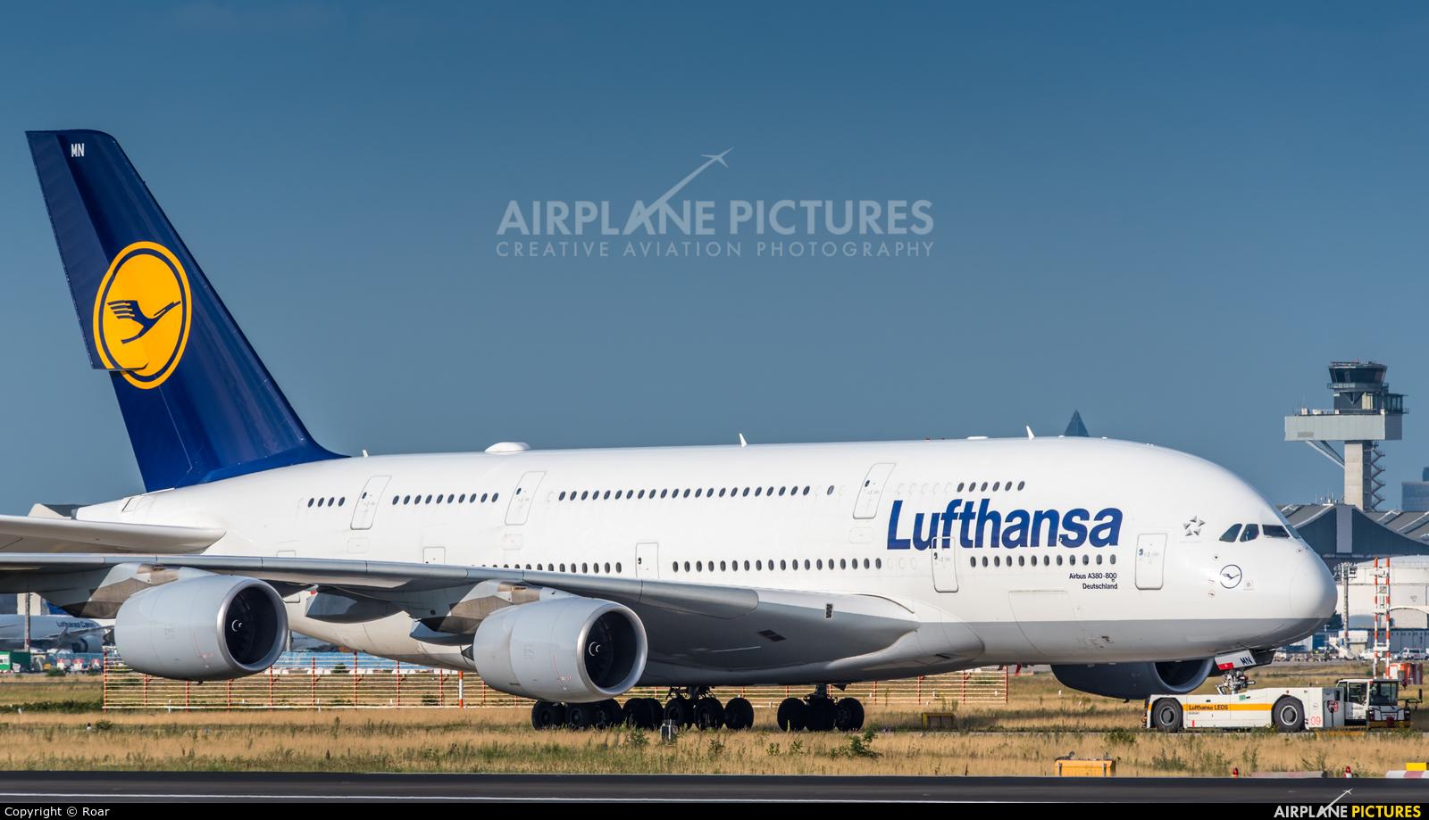 Lufthansa D-AIMN aircraft at Frankfurt