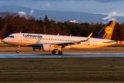 D-AIUI - Lufthansa Airbus A320 aircraft