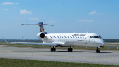 D-ACNN - Lufthansa Regional - CityLine Canadair CL-600 CRJ-900