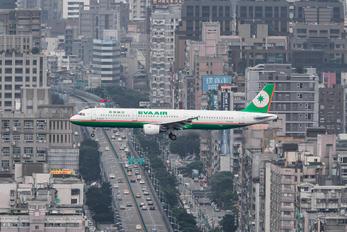 B-16201 - Eva Air Airbus A321