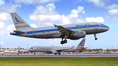 N744P - American Airlines Airbus A319