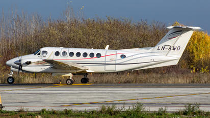 LN-AWD - Airwing Beechcraft 300 King Air 350