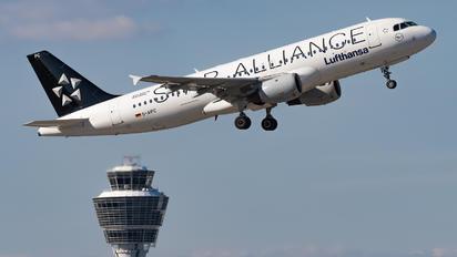 D-AIPC - Lufthansa Airbus A320