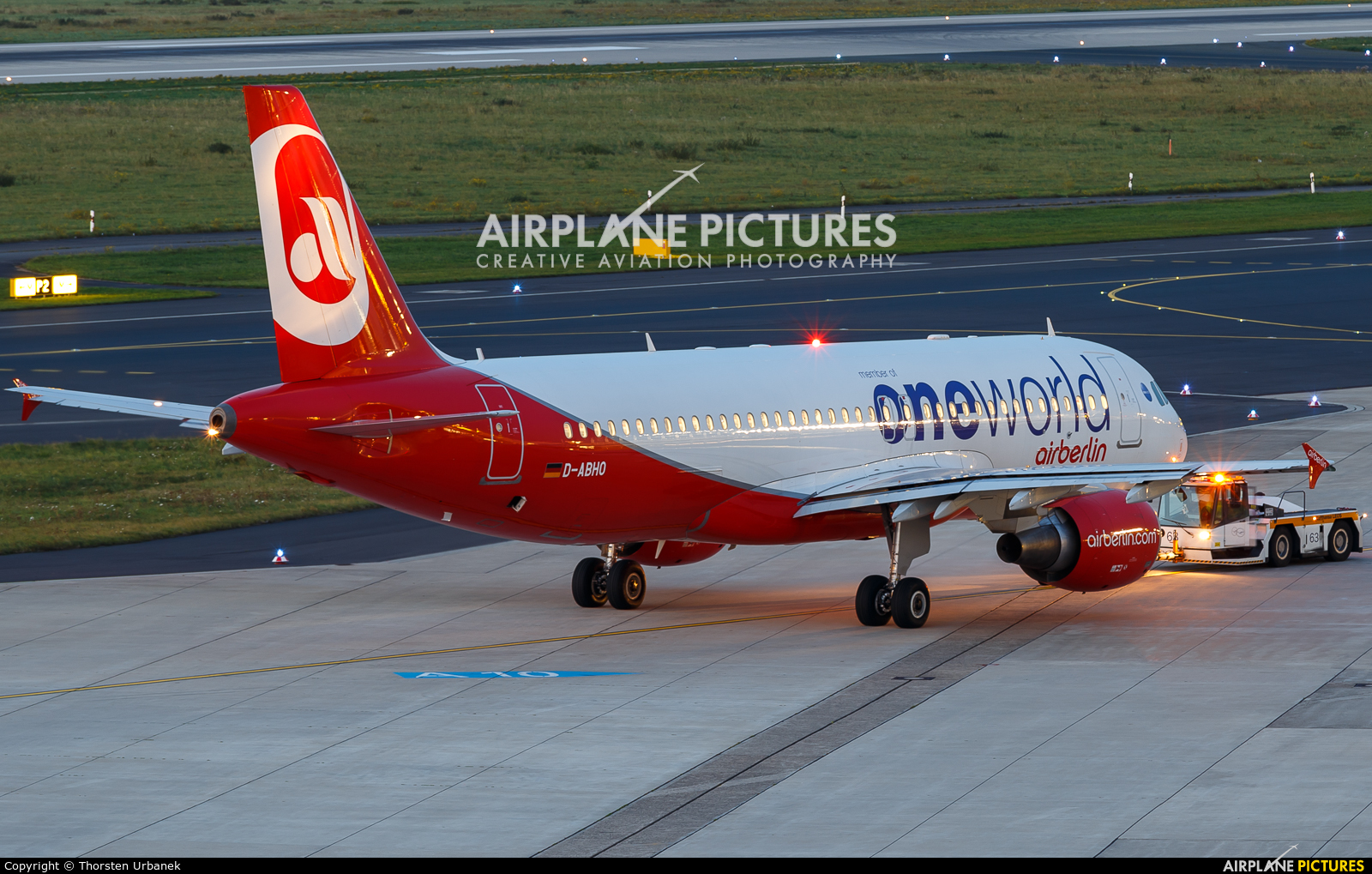 Air Berlin D-ABHO aircraft at Düsseldorf