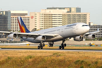 RP-C3437 - Philippines Airlines Airbus A340-300