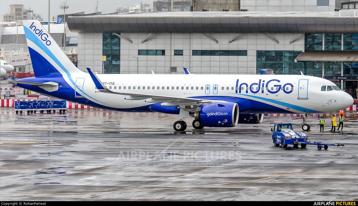 IndiGo VT-ITQ aircraft at Mumbai - Chhatrapati Shivaji Intl