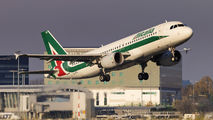 EI-DTH - Alitalia Airbus A320 aircraft