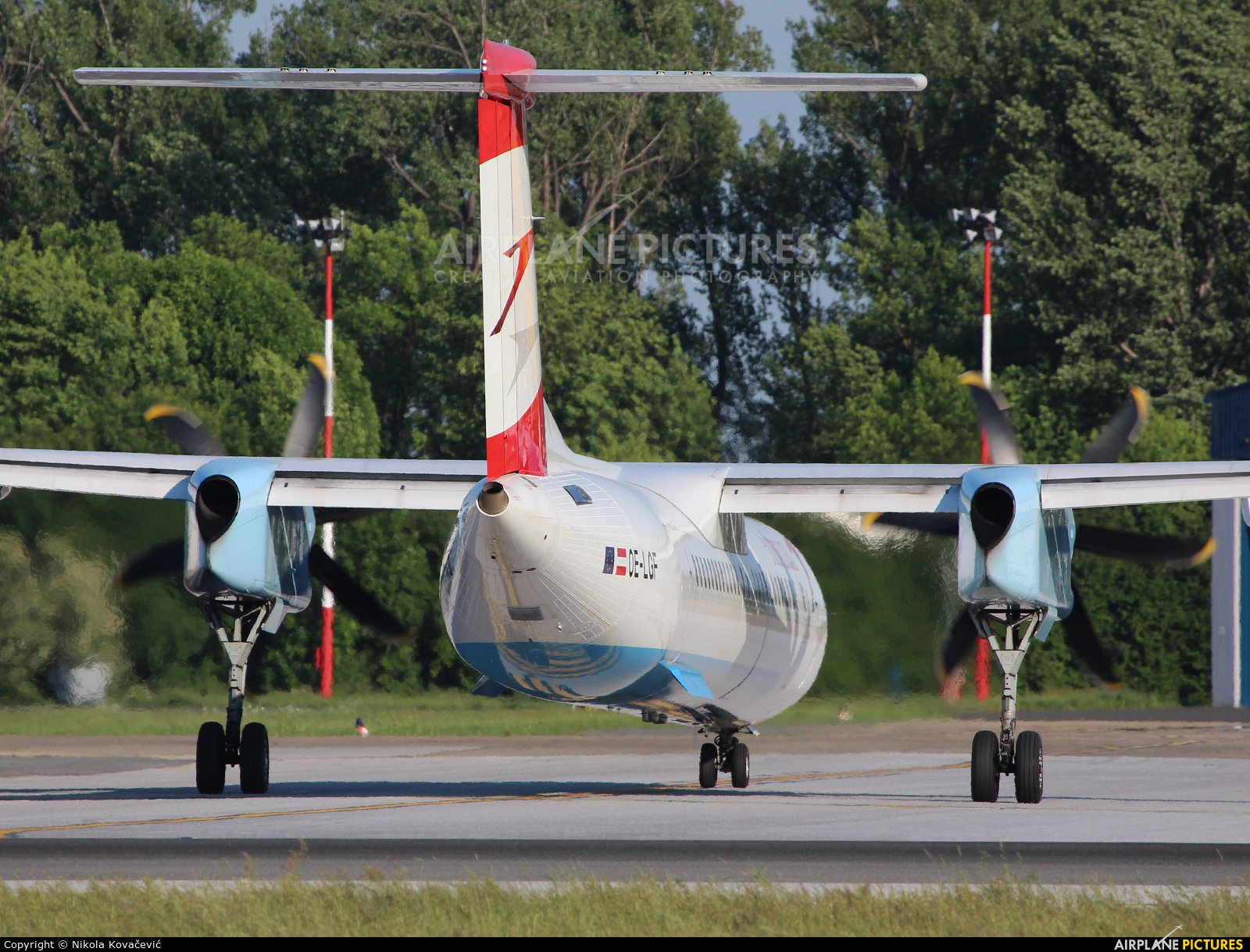 Austrian Airlines/Arrows/Tyrolean OE-LGF aircraft at Zagreb
