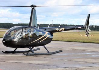YL-HPM - Private Robinson R44 Clipper