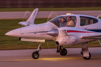 OE-FSJ - Private Diamond DA 42 Twin Star