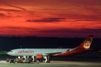 D-ALPA - Air Berlin Airbus A330-200