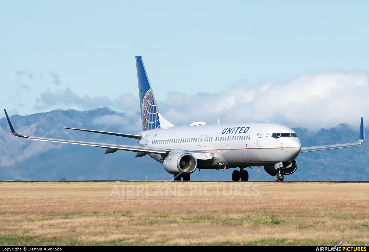 United Airlines N14219 aircraft at San Jose - Juan Santamaría Intl