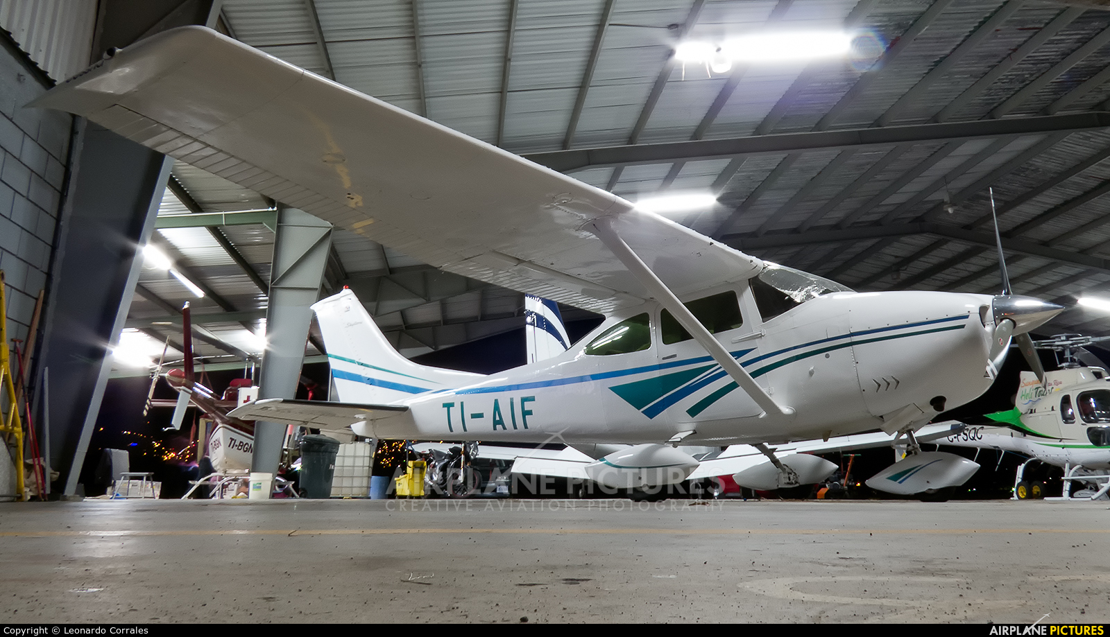 Private TI-AIF aircraft at San Jose - Tobías Bolaños Intl