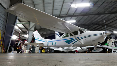 TI-AIF - Private Cessna 182 Skylane (all models except RG)
