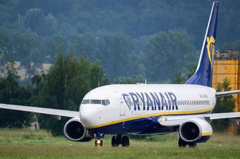 EI-DWG - Ryanair Boeing 737-800
