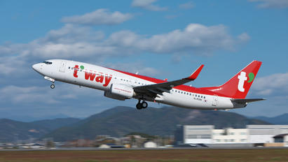 HL8095 - T'Way Air Boeing 737-800