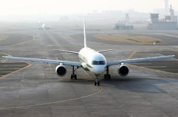 VT-BDA - Blue Dart Aviation Boeing 757-200F