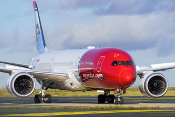G-CKKL - Norwegian Air UK Boeing 787-9 Dreamliner