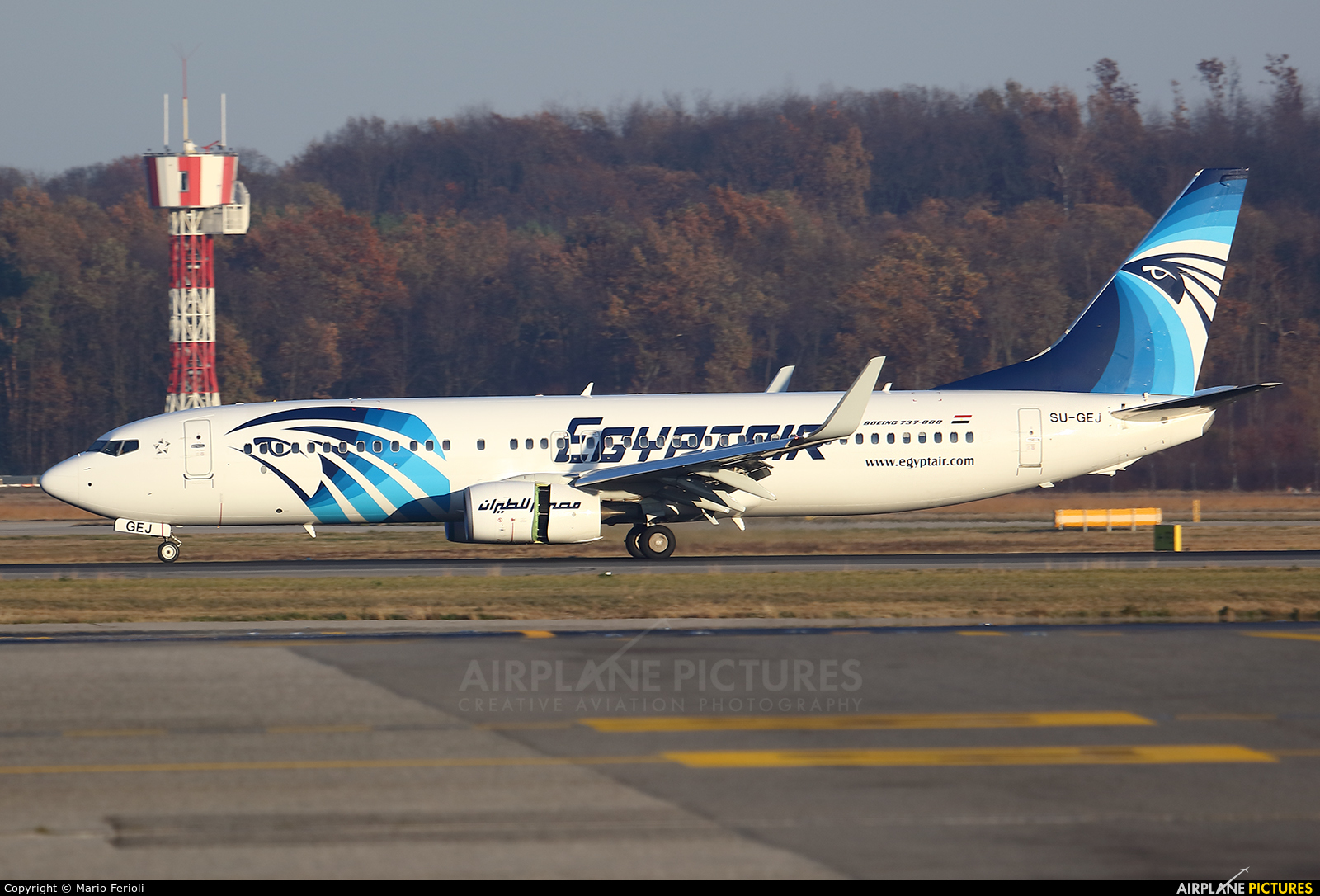 Egyptair SU-GEJ aircraft at Milan - Malpensa