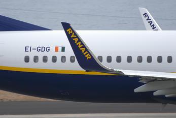 EI-GDG - Ryanair Boeing 737-800