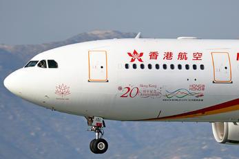 B-LNJ - Hong Kong Airlines Airbus A330-200