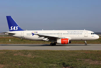 OY-KAO - SAS - Scandinavian Airlines Airbus A320