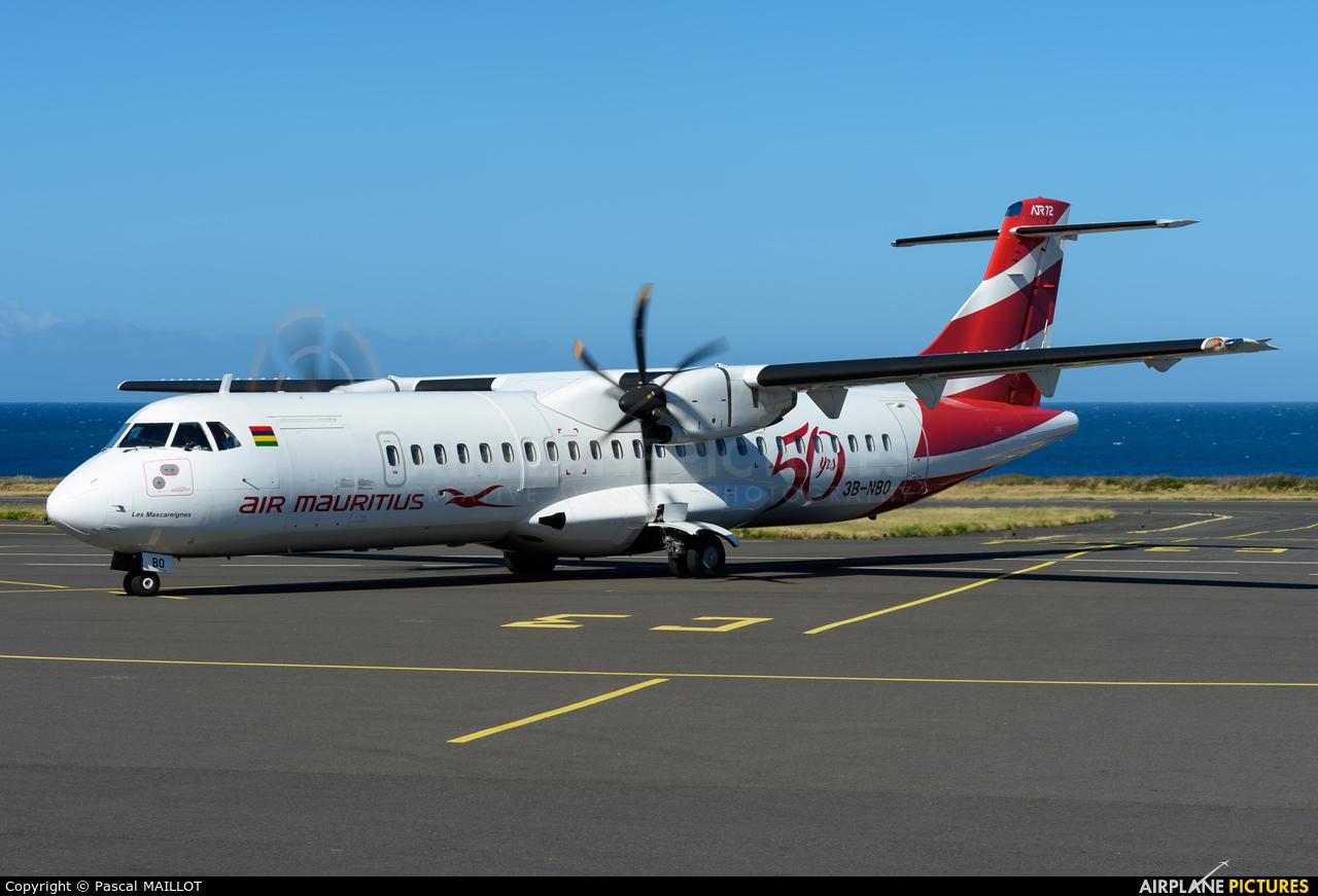 Air Mauritius 3B-NBO aircraft at Saint-Pierre - Pierrefonds