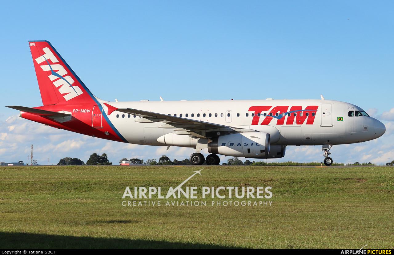 TAM PR-MBW aircraft at Curitiba -  Afonso Pena