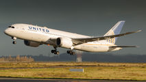 N27903 - United Airlines Boeing 787-8 Dreamliner aircraft