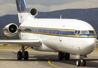 HZ-AB3 - Al Anwa Aviation Boeing 727-200/Adv(RE) Super 27