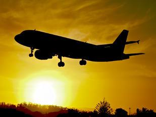 EC-ICT - Clickair Airbus A320