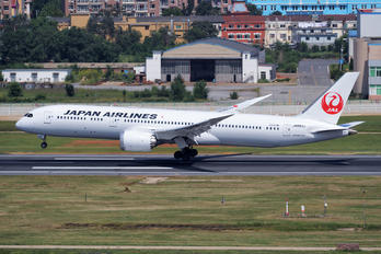 JA863J - JAL - Japan Airlines Boeing 787-9 Dreamliner