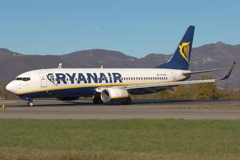 EI-EKS - Ryanair Boeing 737-800