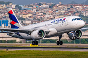 PT-TMM - LATAM Brasil Airbus A320 NEO aircraft