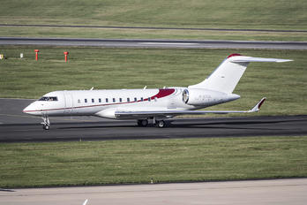 M-CVGL - Private Bombardier BD-700 Global 5000