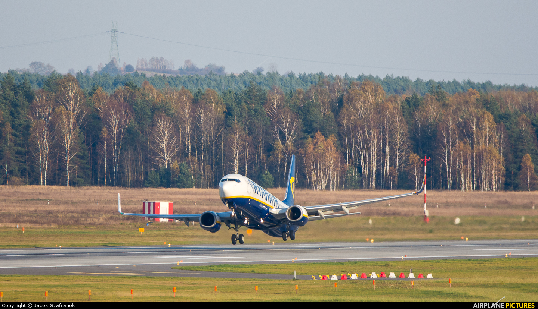 Ryanair EI-EKV aircraft at Katowice - Pyrzowice