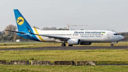UR-PSO - Ukraine National Airlines Boeing 737-800