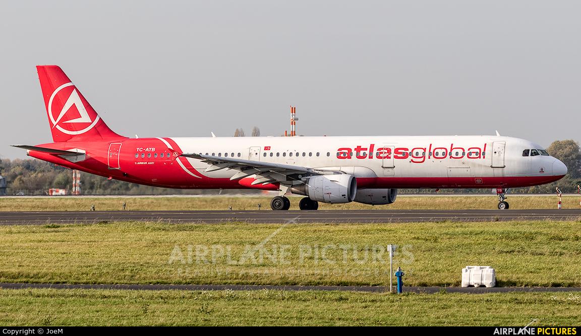 Atlasglobal TC-ATB aircraft at Düsseldorf
