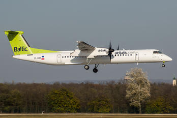 YL-BAI - Air Baltic de Havilland Canada DHC-8-400Q / Bombardier Q400