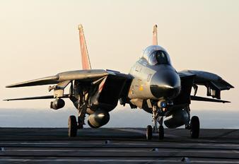 164603 - USA - Navy Grumman F-14D Tomcat