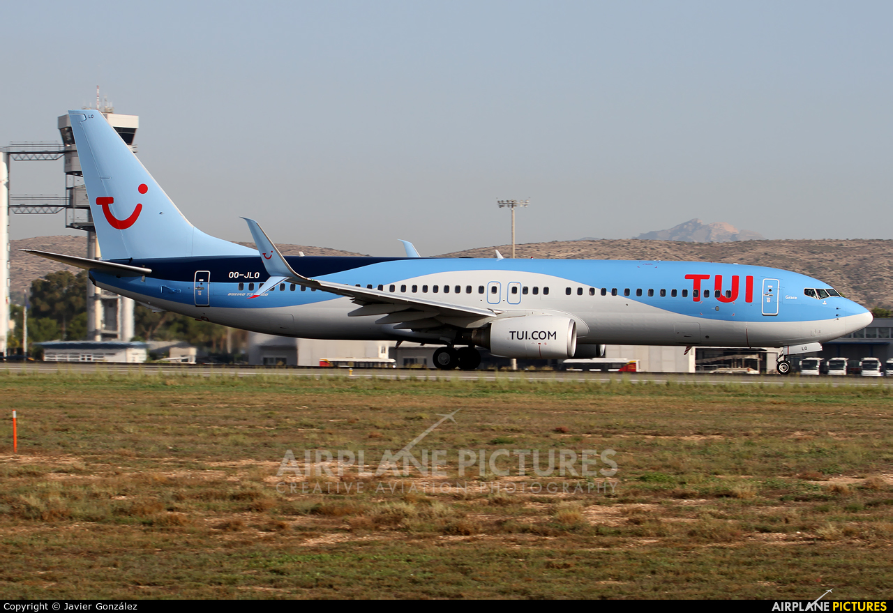 TUI Airlines Belgium OO-JLO aircraft at Alicante - El Altet